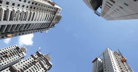 Lançamentos e vendas de imóveis crescem devido à queda de juros