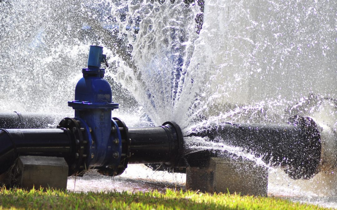 Perdas de água potável seriam suficientes para abastecer 30% da população brasileira por um ano
